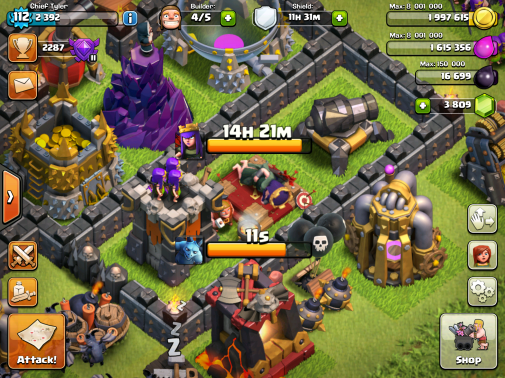 Clash of Clans Upgrading Queen 2015