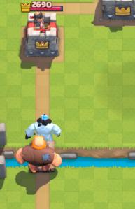 Clash Royale Ice Golem Giant Push