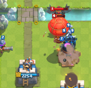 Clash Royale Lava Hound Balloon Counter