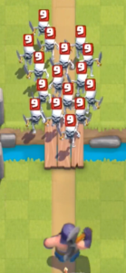 Clash Royale Executioner vs Skeleton Army