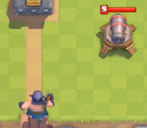 Clash Royale Executioner vs Cannon