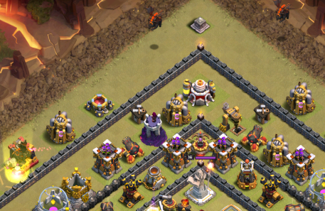Clash of Clans TH11 LavaLoonion Lava Hounds