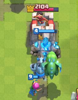 Clash Royale Golem Beatdown Deck Strategy