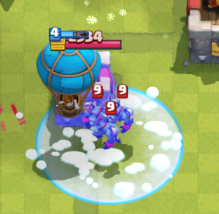 Clash Royale Balloon Freeze