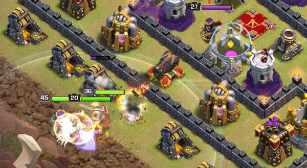 Clash of Clans Town Hall 11 Queen Walk