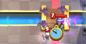 Bats vs Musketeer Clash Royale